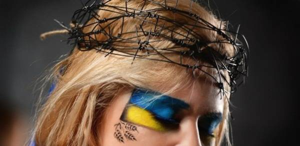 Ukraina-u-ternovomu- vintsi