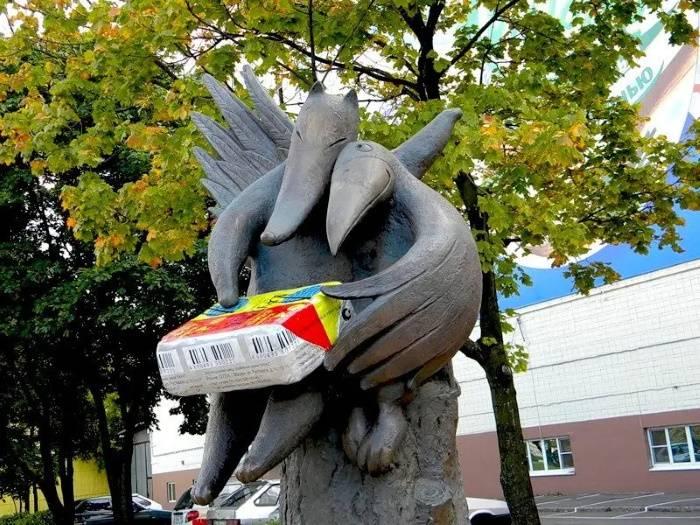 Памятник сырку Дружба, Марина Лескова
